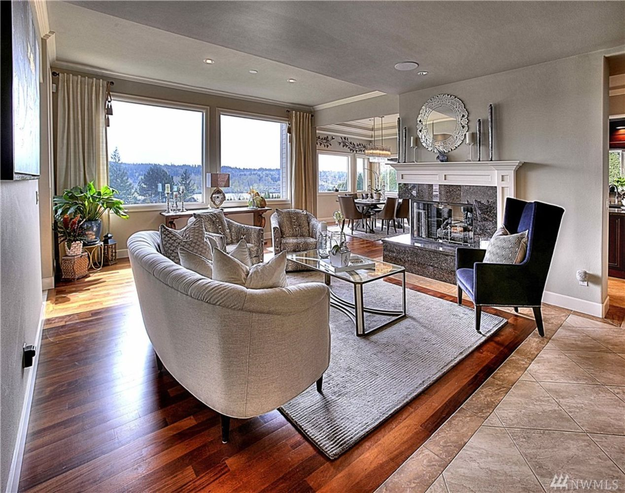 One-of-a-Kind 6-Bedroom Luxury View Home on Mercer Island